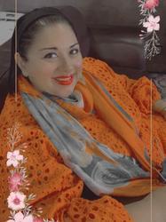Nafeesa Vallie, estate agent