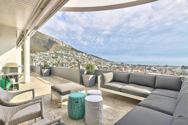 Property For Sale in Fresnaye, Cape Town 1