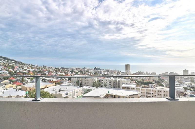 Property For Sale in Fresnaye, Cape Town 2