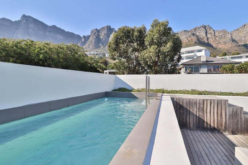 Property For Rent in Camps Bay, Cape Town 9