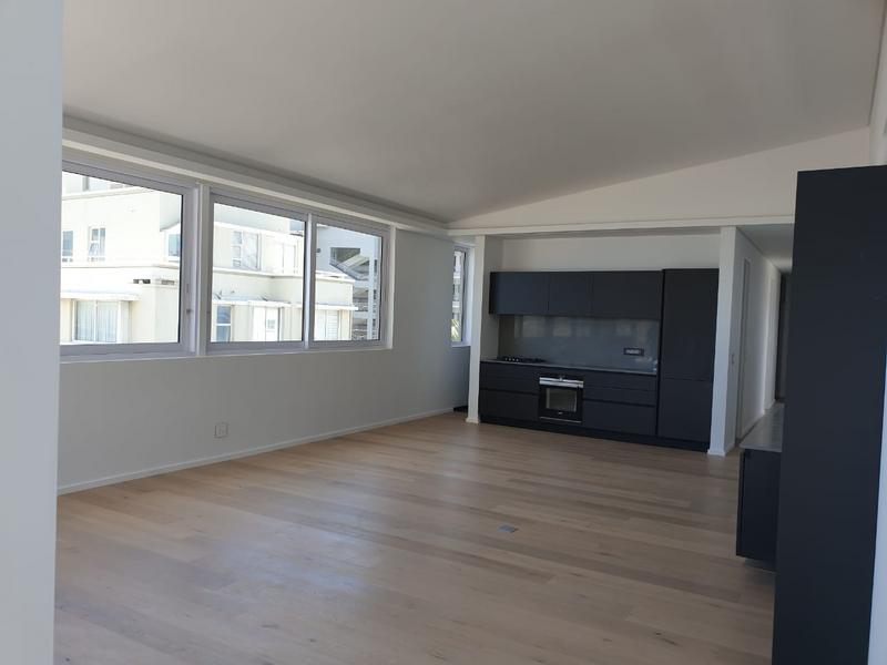 Property For Rent in Sea Point, Cape Town 20