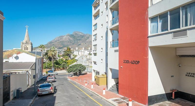 Property For Sale in Cape Town City Centre, Cape Town 12