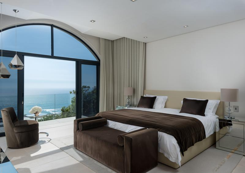 Property For Rent in Camps Bay, Cape Town 12