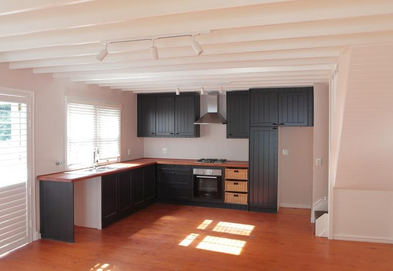 Property For Rent in Hout Bay, Cape Town 2