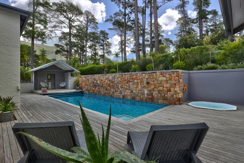 Property For Sale in Hout Bay Central, Hout Bay 15