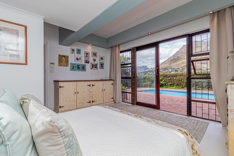 Property For Sale in Beach Estate, Hout Bay 13