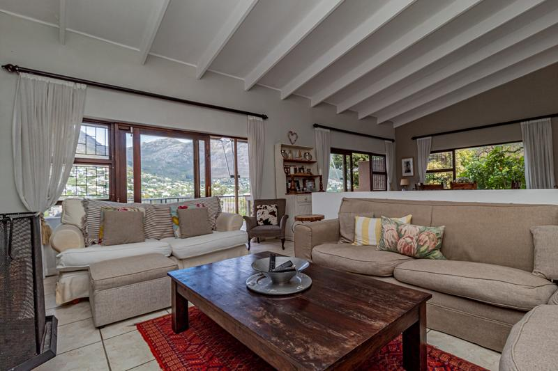 Property For Sale in Beach Estate, Hout Bay 5