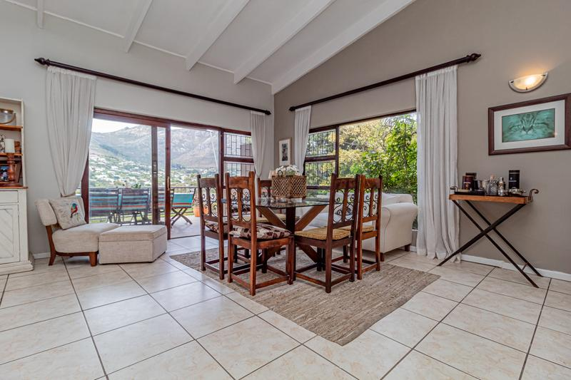 Property For Sale in Beach Estate, Hout Bay 6