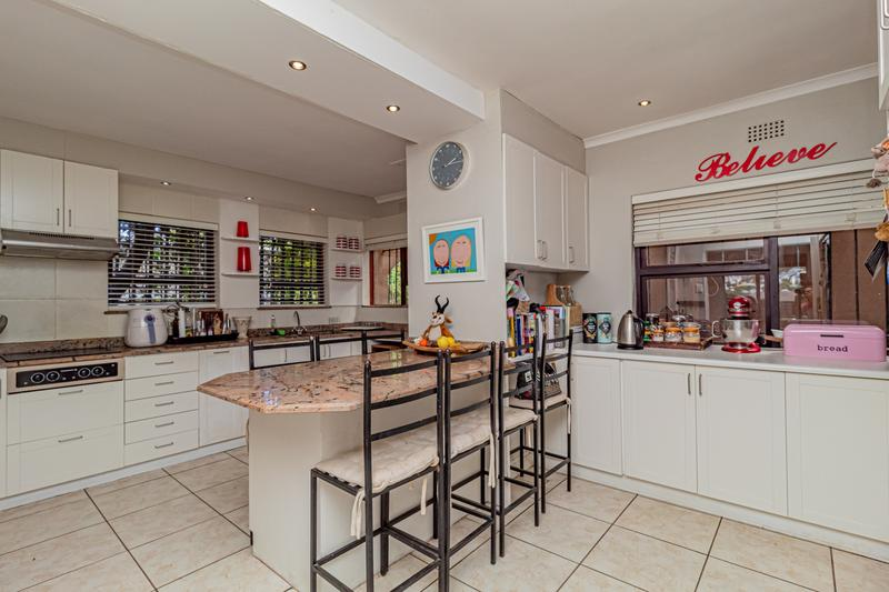 Property For Sale in Beach Estate, Hout Bay 19