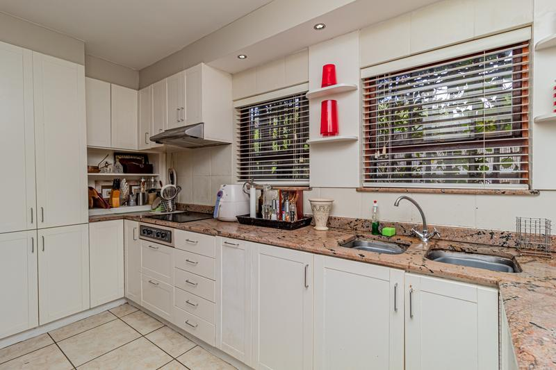 Property For Sale in Beach Estate, Hout Bay 20