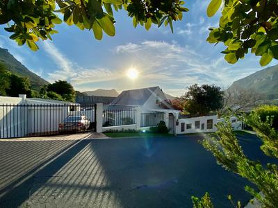 Property For Sale in Bokkemanskloof, Hout Bay