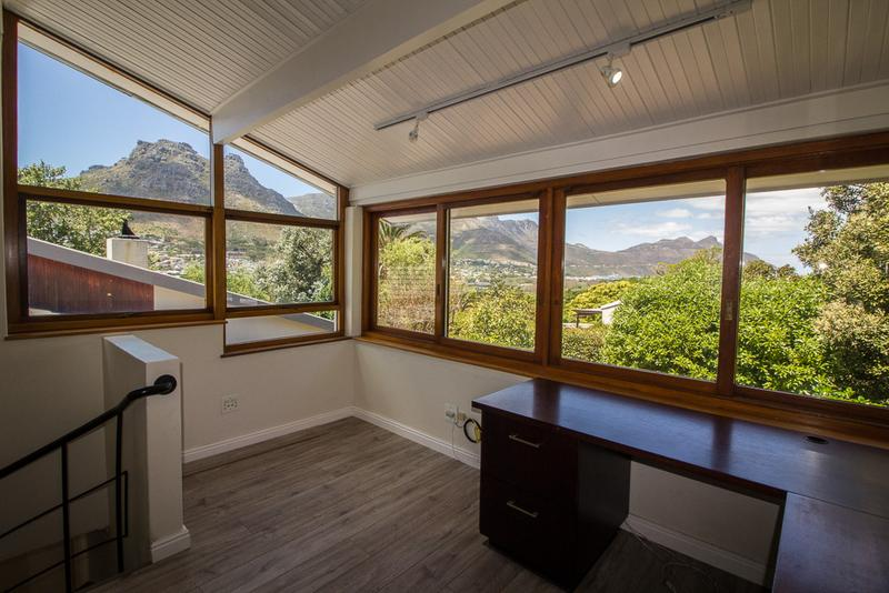 Property For Sale in Hout Bay, Cape Town 14