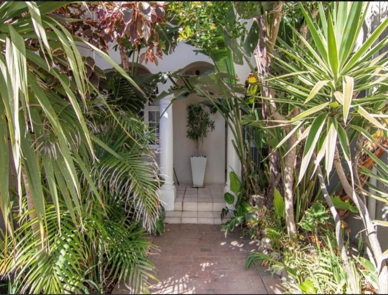 Property For Sale in Bantry Bay, Cape Town 7